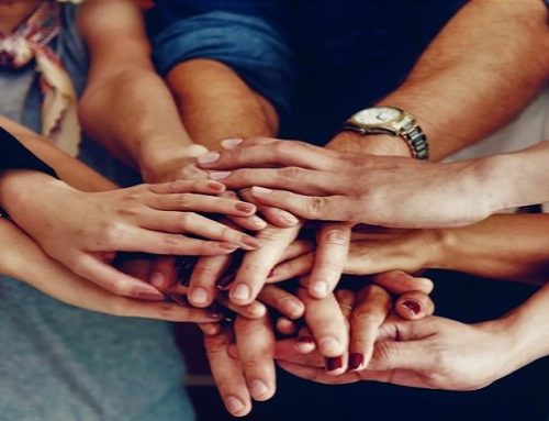 Όλοι Μαζί Μπορούμε & στη Γνώση – Γίνε εθελοντής