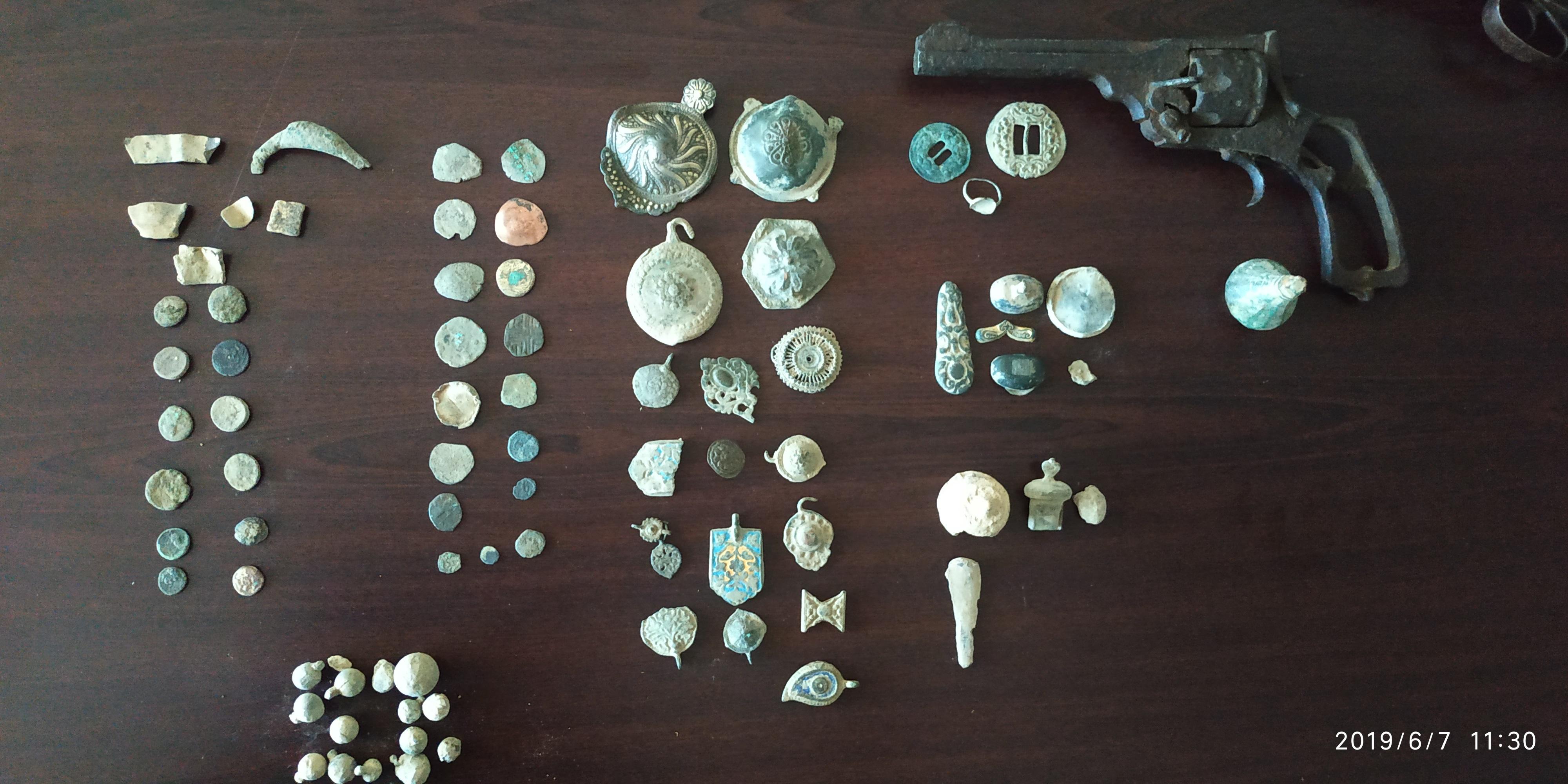Έβαλαν online αγγελία για την πώληση αρχαίων νομισμάτων και συνελήφθησαν