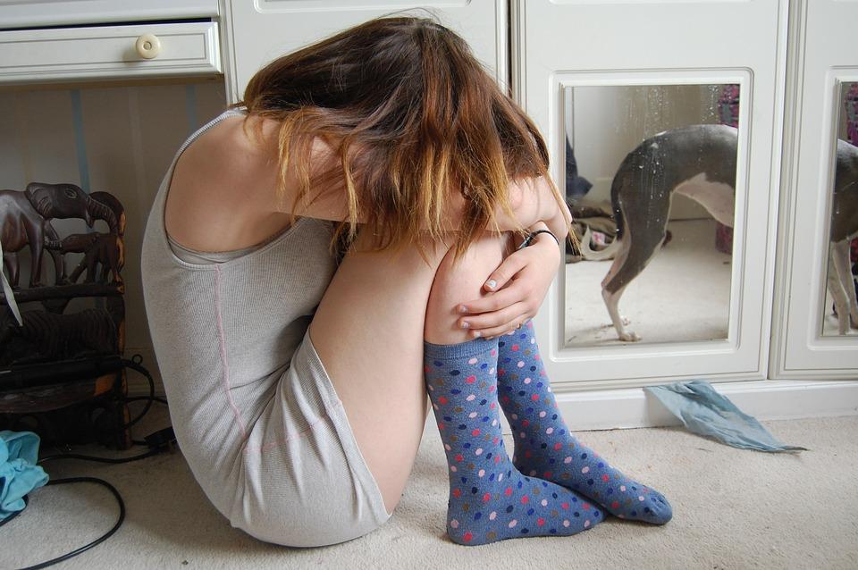 Τι κάνει τους έφηβους ευτυχισμένους: Γιατί ορισμένοι αγωνίζονται με θέματα ψυχικής υγείας;