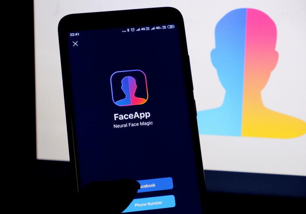 Προς FaceApp: Αρνούμαι να «μάθω» πώς θα είμαι μετά από 30 χρόνια