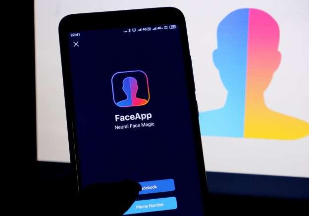 Το CSI Institute προειδοποιεί: Προσοχή στην χρήση της εφαρμογής FaceApp- Tι να κάνετε για να προστατευτείτε