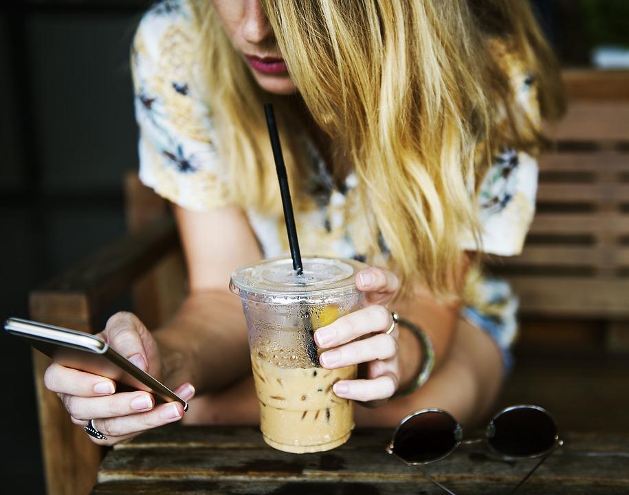 Τι γνωρίζεις για την υπερβολική χρήση των smartphones;