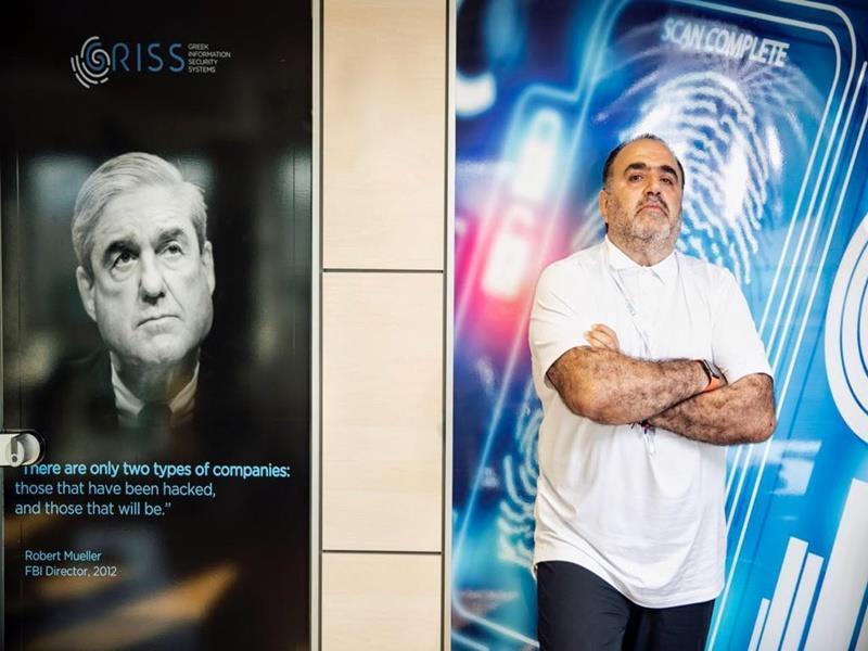 Μανώλης Σφακιανάκης: Ποιος είναι τελικά ο μεγαλύτερος κίνδυνος του Διαδικτύου;