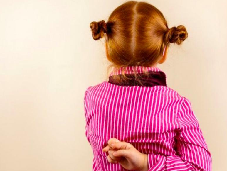 Πώς να μιλήσω στο παιδί μου για το ψέμα