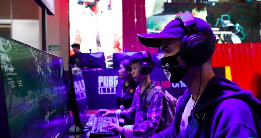 Η Κίνα απαγορεύει σε παιδιά να παίζουν video games αργά τη νύχτα για να αντιμετωπίσει τον εθισμό