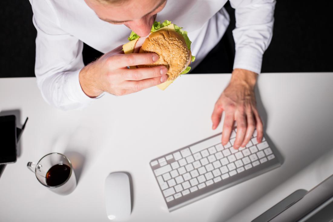 Πεινάς ή το συναίσθημά σου σε οδηγεί στην κατανάλωση φαγητού;