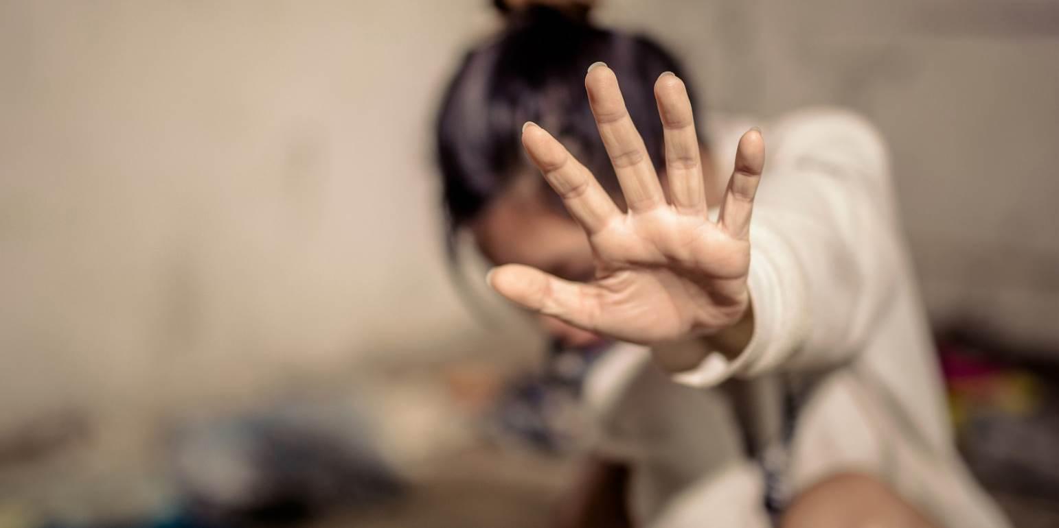 14χρονη έπεσε θύμα βιασμού από άγνωστο στο διαδίκτυο