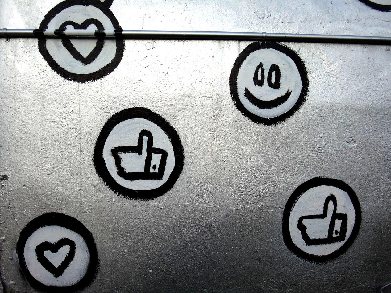 Νέα πρότυπα και συμπεριφορές στην εποχή των social media