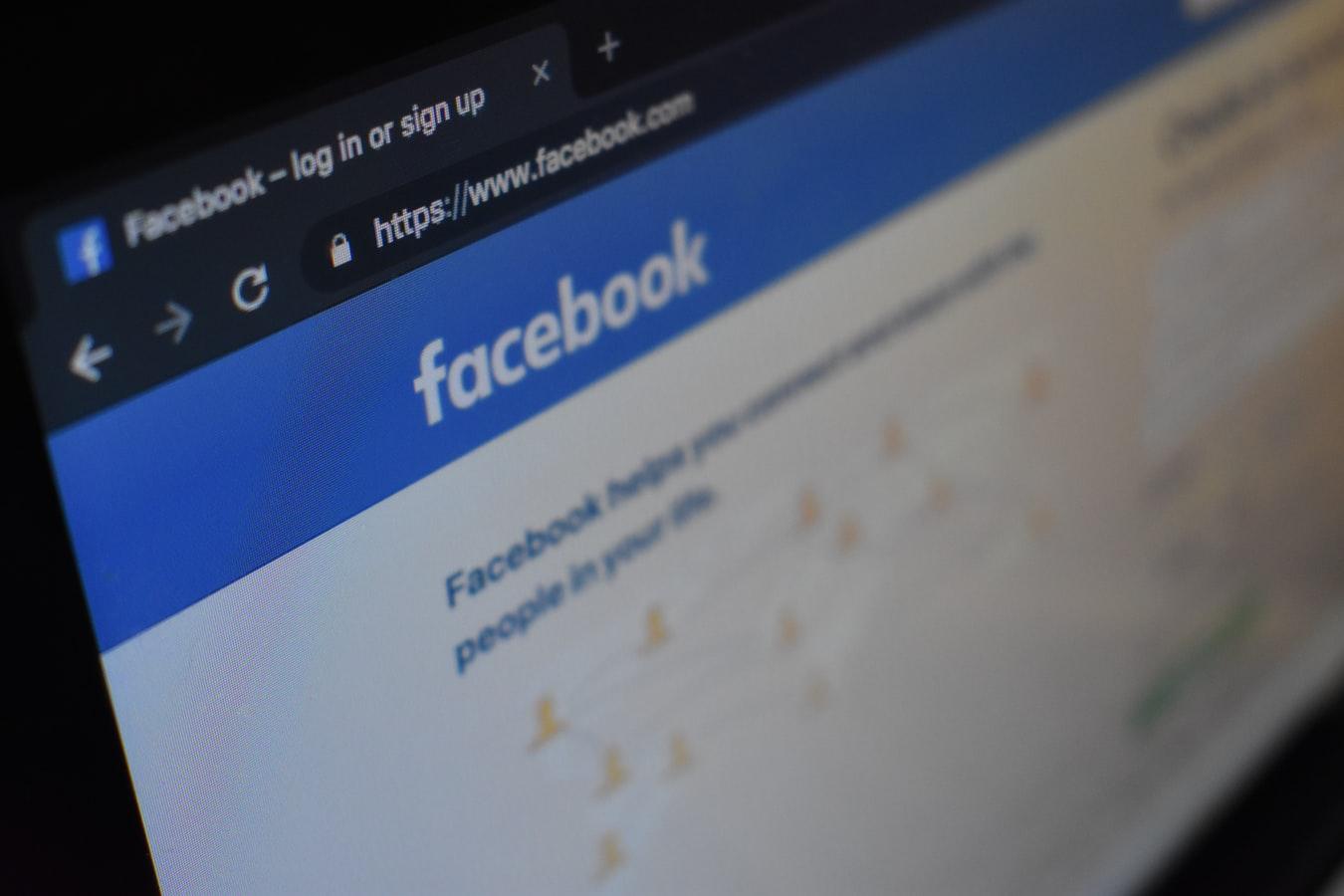 Περισσότερα από 267 εκατομμύρια προφίλ χρηστών του Facebook πωλούνται στο dark web