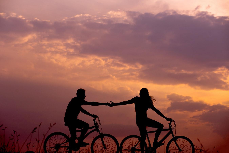Πώς ορίζεται η αγάπη σε υγιείς σχέσεις;