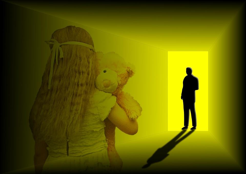 Τεράστια έρευνα πραγματοποιεί η Ιταλία για την καταπολέμηση της online παιδικής κακοποίησης