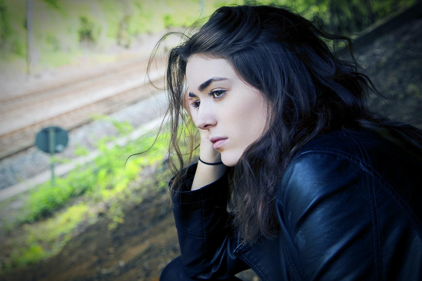 Πώς να βοηθήσω τον εαυτό μου από το ψυχικό τραύμα